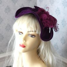 Vintage 1940s to 1950s Purple Velvet and Ostrich Feather Hat