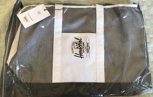 Herschel Supply Bamfield Mid-Volume Tote White with black Mesh - still in wrap