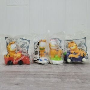 1997 Carl's Jr. Cool Combos Garfield the Cat Plastic Toy Racer Complete Set of 4