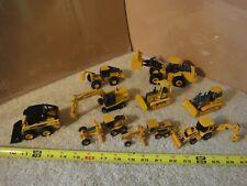 Ertl diecast metal John Deere construction equipment excavator, vehicle lot #2