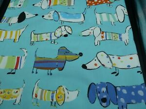 100% Cotton Fabric Large FQ- Sausage dogs on Turquoise