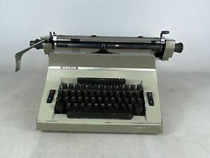 Vintage Adler Universal 390 Typewriter 2 Font Colour / Spacing TESTED & WORKING