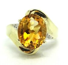10K Yellow Gold 11 x 9 Oval Citrine & Diamond Ring Size 7 / 3.8 GRAMS