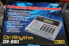 BOSS Roland DR-880 Drumcomputer und Amp Modeler- DR.RHYTHM