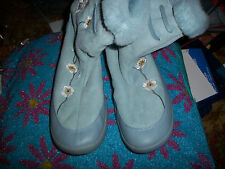 NO NAME BRAND Sharp Baby Blue Faux Suede Embroidered Boots Size 9