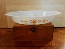 "PYREX Divided Dish Gold Brown Snowflakes 12.5"" Excellent No lid 1.5 Qt."