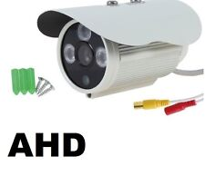 TELECAMERA VIDEOSORVEGLIANZA HD CCD 3.6MM 1200 Linee TVL 3 LED ARRAY IR BNC