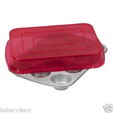 WILTON 12 CAVITIES BAKING MUFFIN & CUPCAKE PAN WITH LID RED NON-STICK