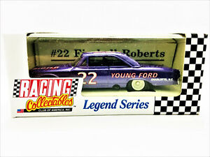 Glenn Fireball Roberts RCCA ACTION Legend Series 1:64 #22 Young Ford Galaxie