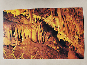 Vintage Postcard - Rushmore Caves The Arrowhead Room - Colourpicture Publishers