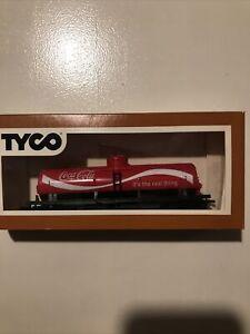 Tyco 40' Tank Car Coca Cola 315L - HO Scale Model Train Tanker Car