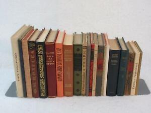 Lot of 21 UKRAINIAN LITERATURE FICTION NOVELS POETRY ESSAYS Hardcovers 1950s-90s