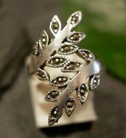 Hübscher 925 Silber Ring Modern Designer Markasiten Blatt Floral Groß Besonders