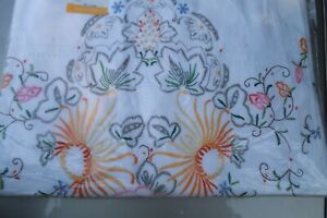 Hand-Embroidered TOP SHEET + 2 Matching PILLOW CASES 90 X 108 - NEW - BEAUTY !