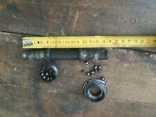 Ancien axe de pédalier 13.7 cm /pm0109