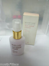 MARY KAY 3752 ~ DAILY DEFENSE COMPLEX  ~ 1 FL OZ Vintage glass bottle