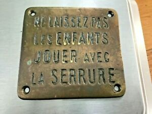PLAQUE SNCF LAITON .NE LAISSEZ PAS LES ENFANTS JOUER AVE LA SERRURE