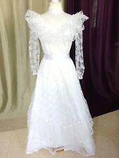 """Robe de mariée vintage dentelle """"Création J FRANCE"""" Taille FR36 US4 UK8"""