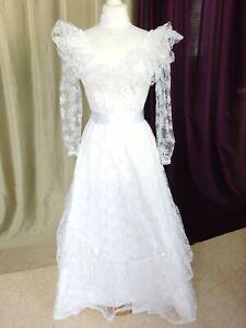 """Robe de mariée vintage dentelle """"Création J FRANCE"""" Taille FR36 US4 UK8 EUR34"""