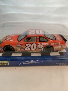 2003 1/24 Winner's Circle Tony Stewart #20 Home Depot Great Pumpkin Car