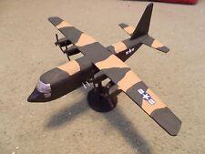 Built 1/144: American LOCKHEED AC-130 SPECTRE Gunship Aircraft USAF Vietnam