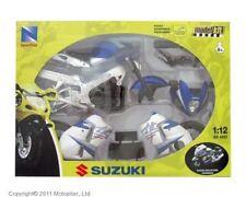 NEW RAY 1:12 MOTO SUZUKI GSX-R1300R DA MONTARE CON VITI E CACCIAVITE  42285