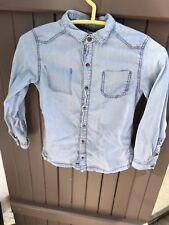 Chemise en jean bleu clair / Okaidi / 8 Ans