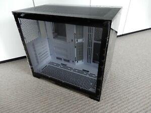 Lian-Li O11 Dynamic Mini, Midi-Tower, Custom Case - Black with White inside