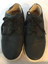 NEW Authentic TOMS BLACK Leather PASEO Low Tops, Women Size 10