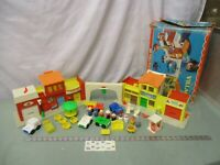 Fisher Price Little People Town SET Play Family Village 997 bz Fire Mail box