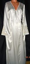 STUNNING Victorias Secret Pearls Lace Sequins Silky  Bride Robe Gown Set NWT M