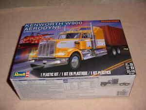 REVELL KENWORTH W900 AERODYNE 1/25 SCALE MODEL KIT # 85-1507   (NISB)