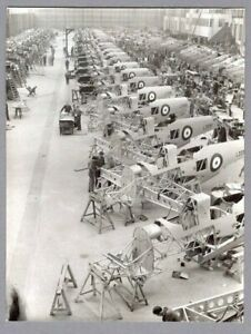 HAWKER HENLEY PRODUCTION GLOSTER AIRCRAFT VINTAGE PHOTO RAF ROYAL AIR FORCE
