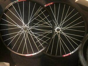 DT Swiss Wheelset 180 Carbon Ceramic Hub+ 240s mint condition