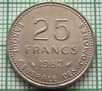 COMOROS COMORES 1982 25 FRANCS, FAO SERIES - EGGS AND CHICKS, UNC