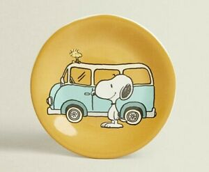 RARE - Brand New - Quality ZARA Home Lovely Snoopy Peanuts Earthenware Plate