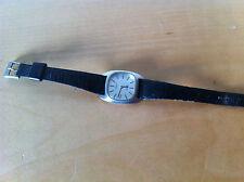 Usado - TISSOT Reloj Pequeño Modelo - Swiss Quartz - No funciona -