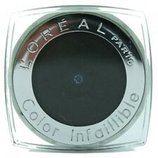 L'Oreal  Color Infaillible Velvety powder 24H hold eye shadow 030 Ultimate Black