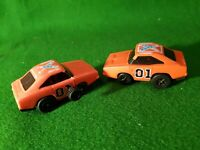 2x Wind Up General Lee Plastic Car Warner Bros from 1980 Dukes of Hazzard 1980