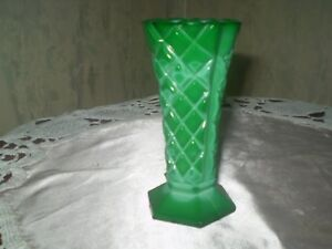 VINTAGE  GLASS BOHEMIA IMITATION MALACHITE VASE