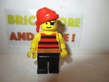 Lego - Minifigures - Pirates - Pirate Red / Black Stripes Shirt pi031