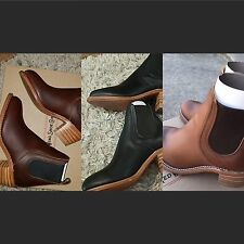 Red wing. Three colors. Different sizes. Message for what size or color wanted