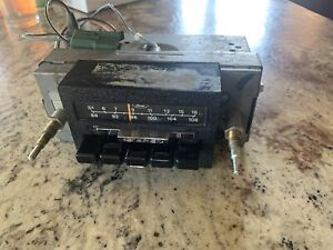 1973 - 1979 70s Ford Truck AM/FM Bronco Radio 1978 1977 1976 78 79