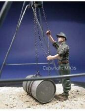 Kit de modelo de resina de escala 1/35 Segunda Guerra Mundial German Mecánico. figura solamente barril no incluido