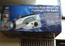 Battery-Free Wind Up Flashlight FM Radio