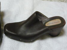 KENNETH COLE New York wood leather brown  heel clogs shoes