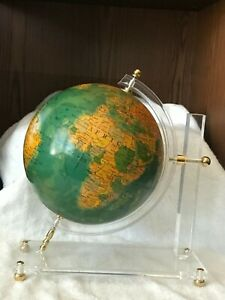 VINTAGE MID CENTURY MODERN WORLD MAP GLOBE SPINNING ON ACRYLIC LUCITE DESK STAND