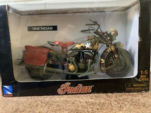 NEWRAY GENUINE INDIAN 1/6 MOTORCYCLE MODEL. 1948 ARMY CHIEF. NEW IN BOX.