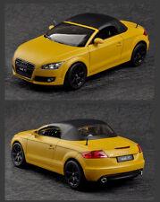Maisto Crossfire alloy car model  (L)