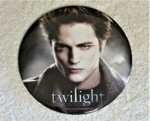 """TWILIGHT SAGA EDWARD CULLEN 6"""" LAPEL or STAND UP PIN ~ STARE"""